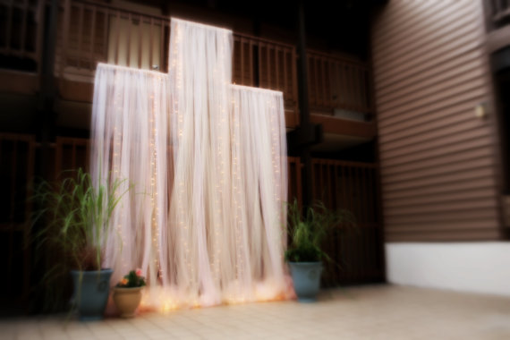 These Indoor Ceremony Backdrops Will Make You Pray For: 15 Incredible Wedding Ceremony Backdrop Ideas